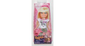 Bratz Just Hangin' Out