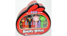 Angry Birds Candy Dispensers Pez Set